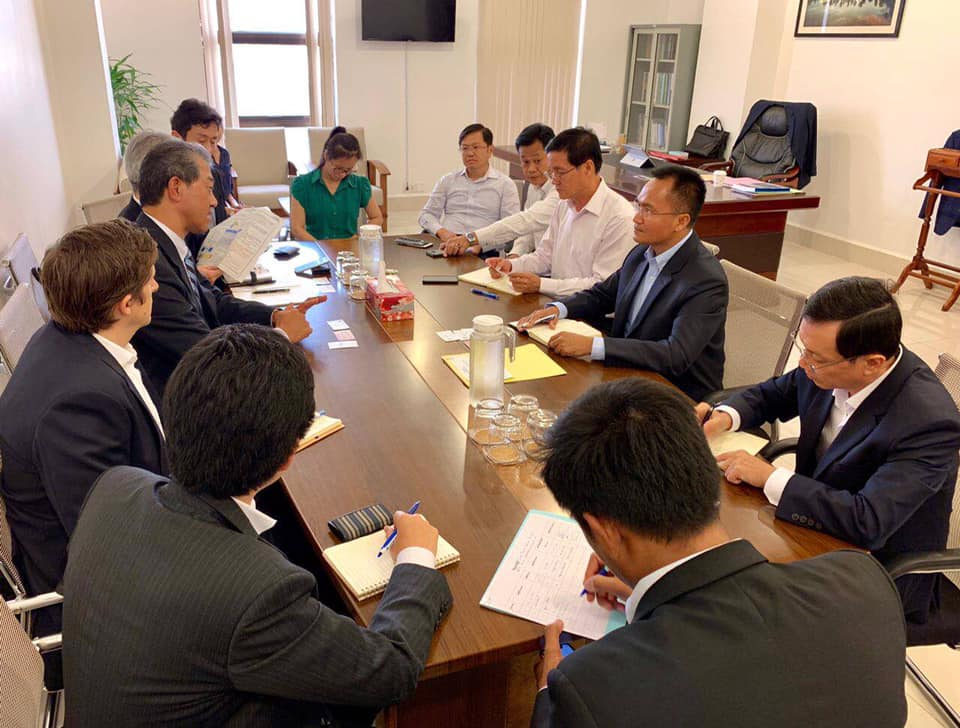 ឯកឧត្ដម សៅ សុភាព រដ្ឋលេខាធិការក្រសួងបរិស្ថាន បានអនុញ្ញាតអោយលោក OKUBO Masaharu នាយកប្រតិបត្តិផ្នែក Energy Business Unit I របស់ក្រុមហ៊ុន Mitsui & Co.,Ltd និងលោកJackson មន្ត្រីអង្គការ CI ជួបសម្តែងការគួរសម និងពិភាក្សាការងារ